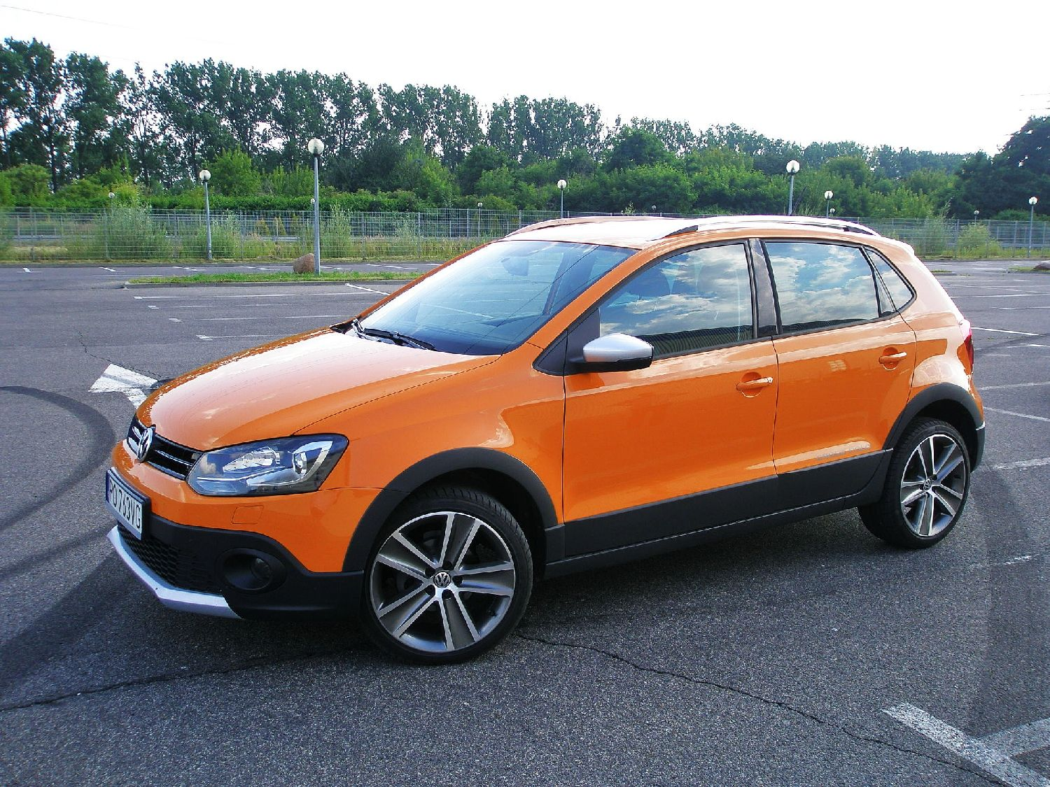 volkswagen cross polo 1 2 tsi w teren miejski namasce. Black Bedroom Furniture Sets. Home Design Ideas