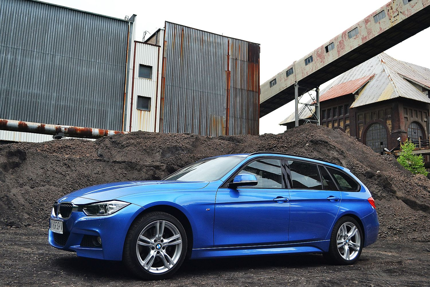 bmw 330d xdrive touring moc dla rodziny namasce. Black Bedroom Furniture Sets. Home Design Ideas