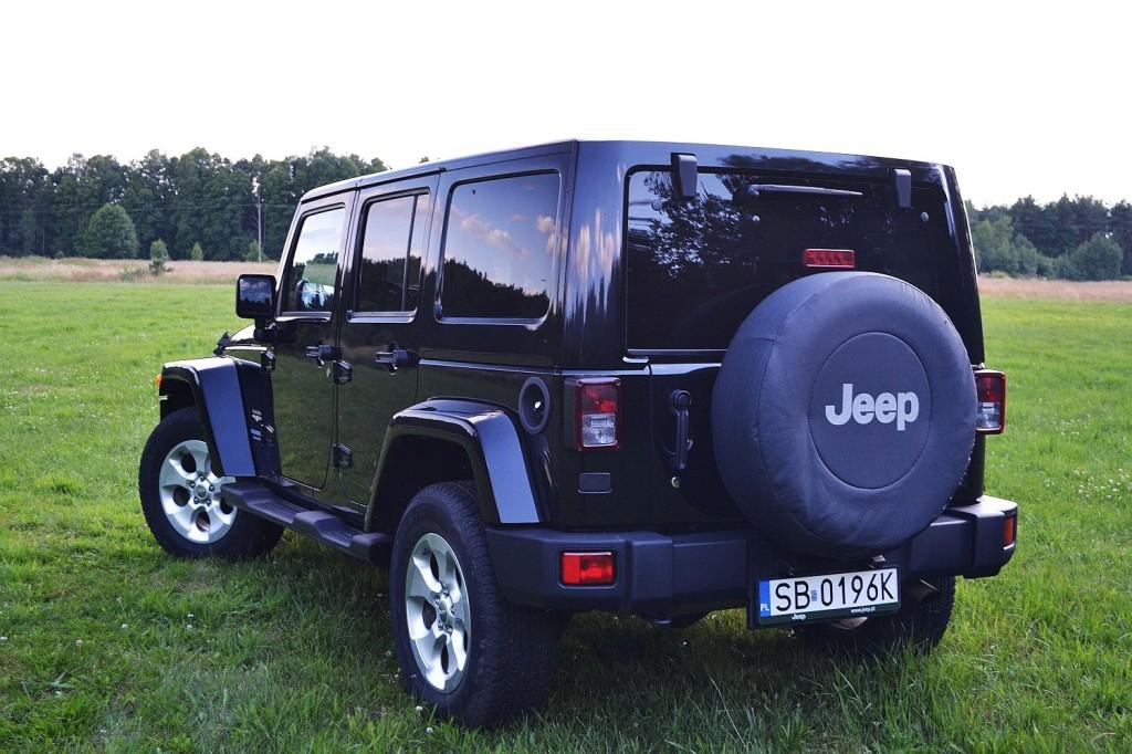 jeep_wrangler_unlimited_3.6_v6_sahara_10