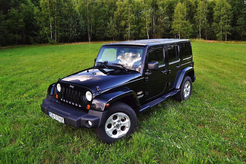 jeep wrangler unlimited 3 6 v6 sahara droga bez kompromis w namasce. Black Bedroom Furniture Sets. Home Design Ideas