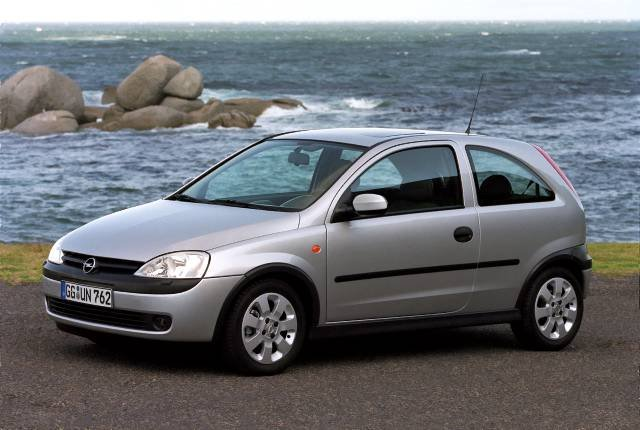 volkswagen polo iv vs opel corsa c namasce. Black Bedroom Furniture Sets. Home Design Ideas