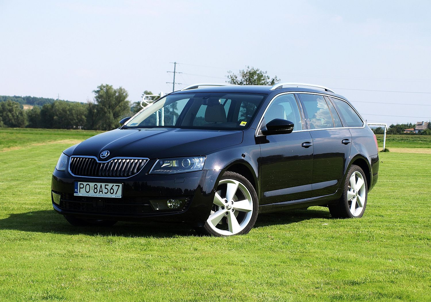 skoda octavia combi 1 8 tsi dsg 4x4 elegance simply clever das auto namasce. Black Bedroom Furniture Sets. Home Design Ideas