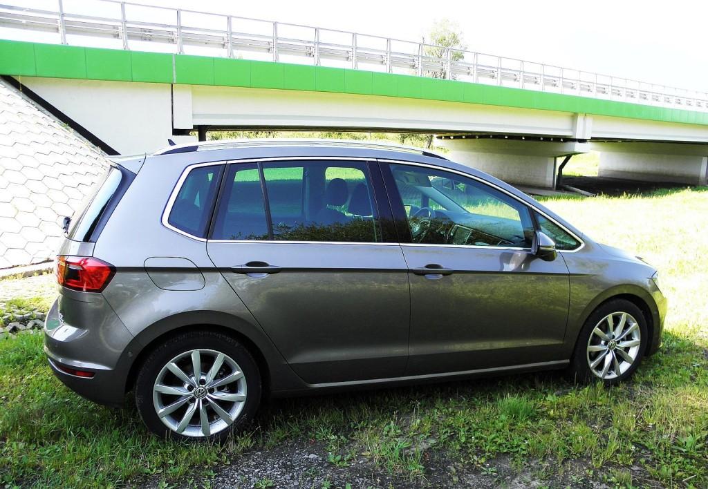 volkswagen_golf_sportsvan_1.4_tsi_highline_6