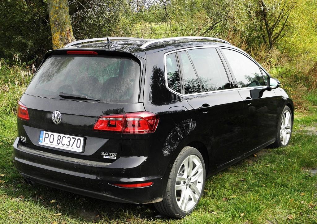volkswagen_golf_sportsvan_2.0_tdi_highline_9