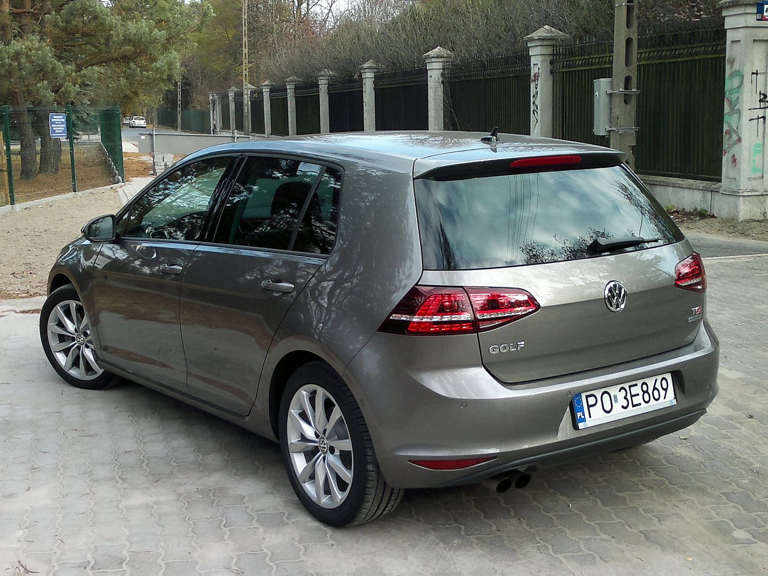 volkswagen golf 1 4 tsi dsg highline das auto namasce. Black Bedroom Furniture Sets. Home Design Ideas