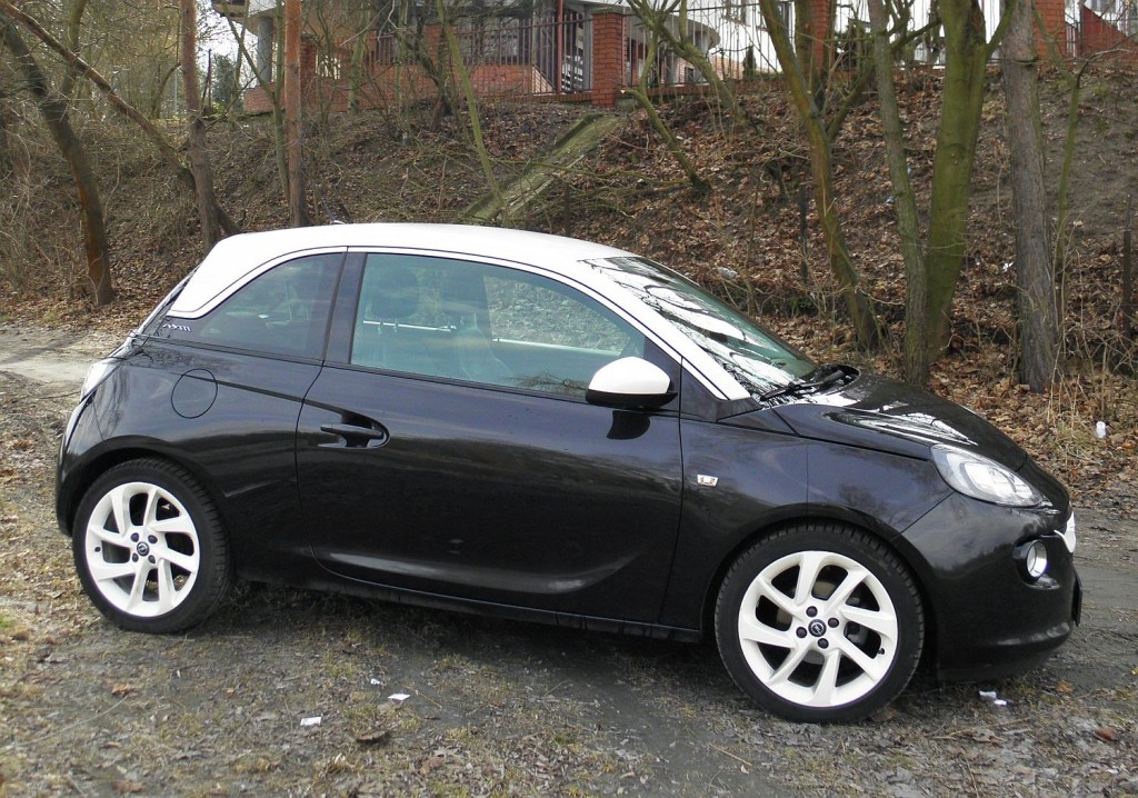 opel_adam_1.4_glam_black_8