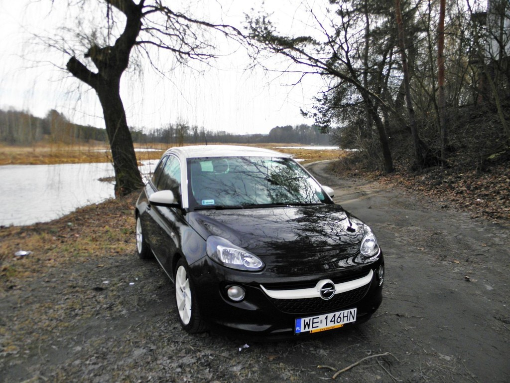 opel_adam_1.4_glam_black_9