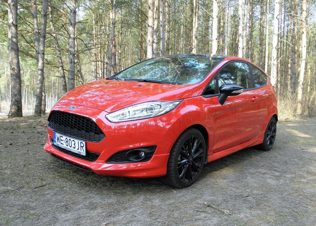 ford_fiesta_1.0_ecoboost_red_edition_11