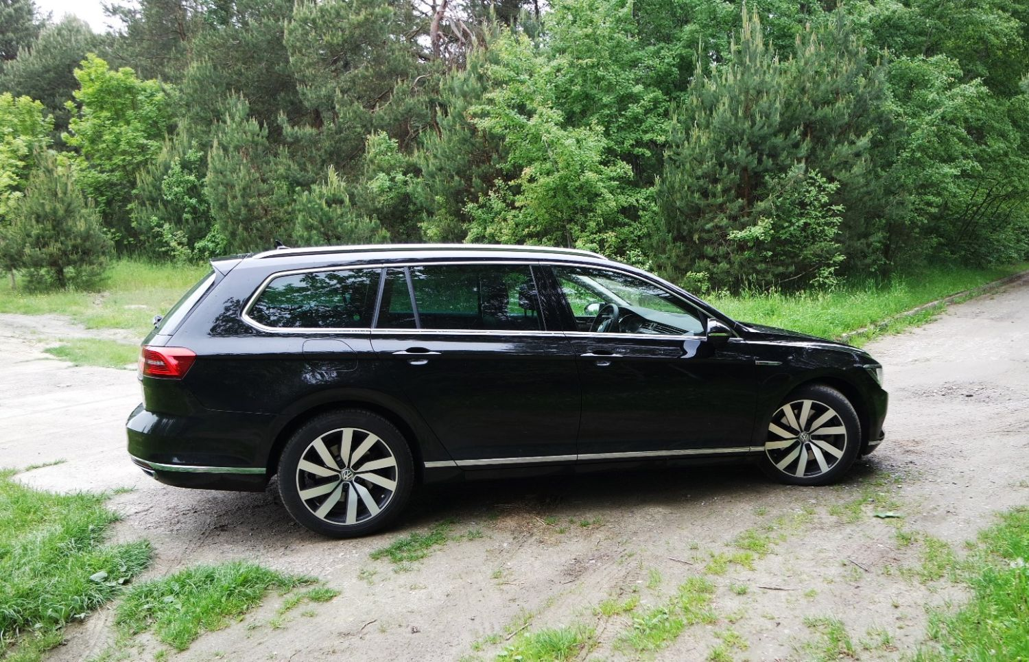 volkswagen passat variant 2 0 tdi bi turbo dsg 4motion highline klasyczna klasyka czyli pasek. Black Bedroom Furniture Sets. Home Design Ideas