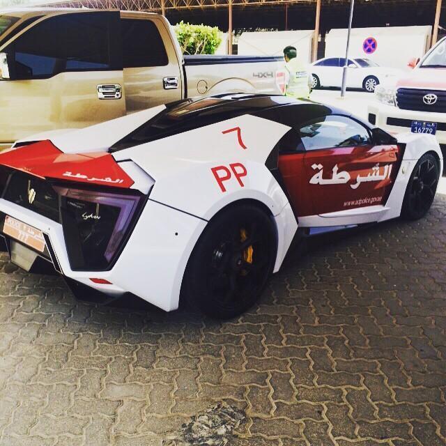 lykan_hypersport_police_abu_dhabi_2015_2