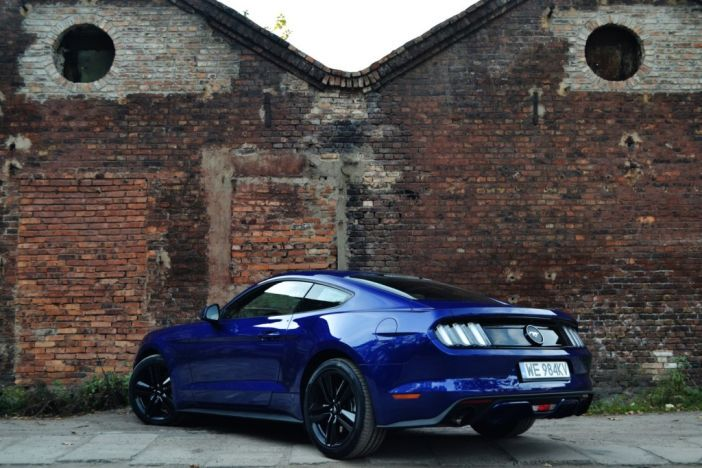 ford_mustang_fastback_2.3_ecoboost_test_2