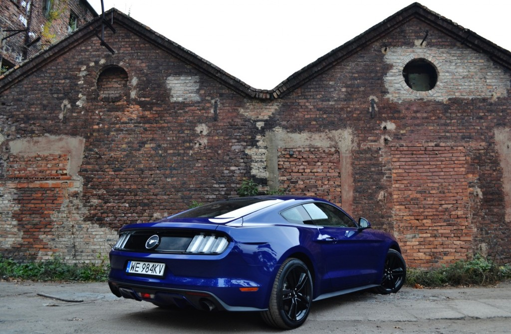 ford_mustang_fastback_2.3_ecoboost_test_9