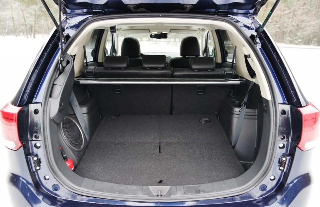 Mitsubishi Outlander 2.0 4WD CVT Instyle Navi