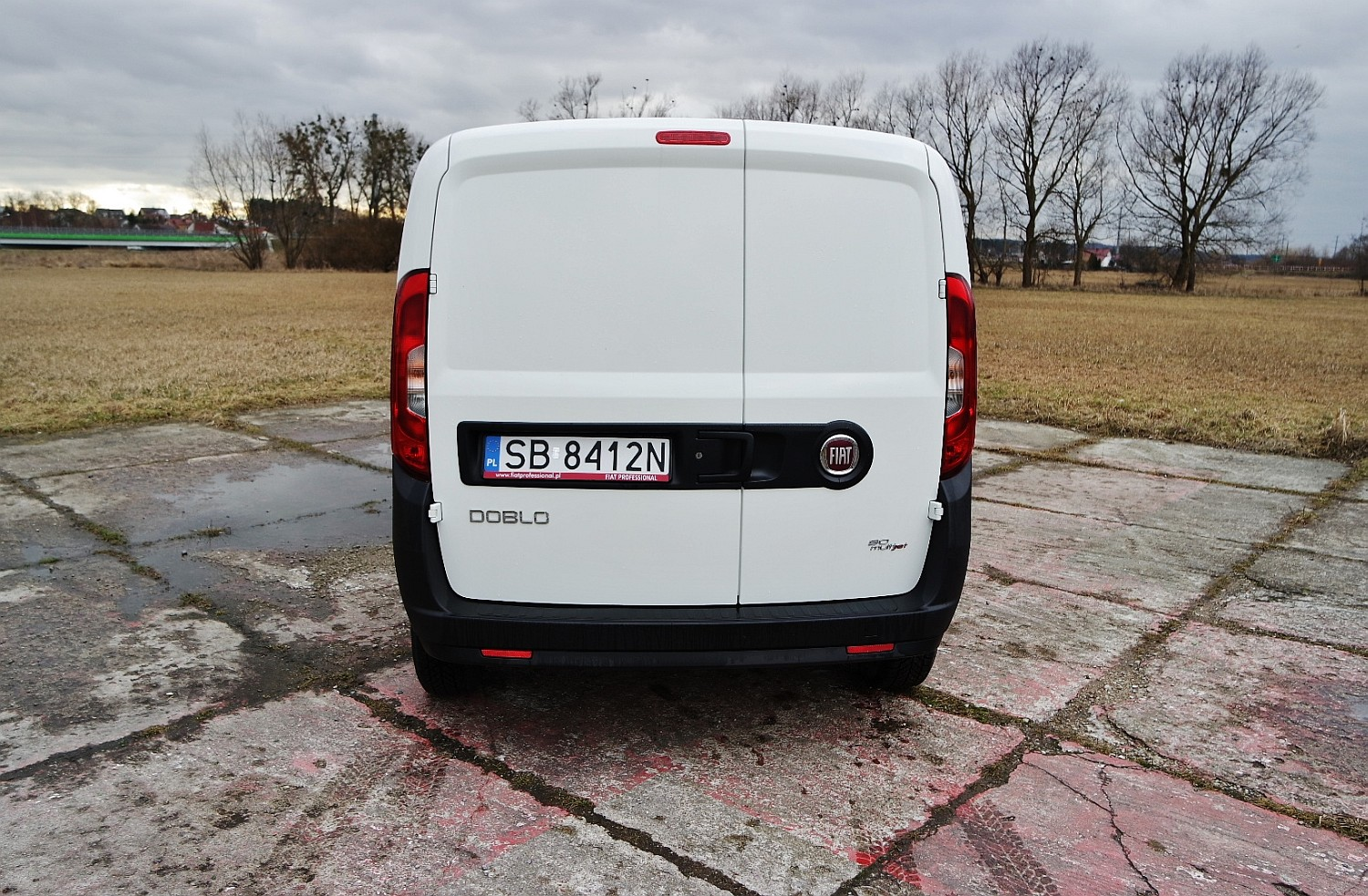 fiat doblo cargo 1 3 multijet na roboczo namasce. Black Bedroom Furniture Sets. Home Design Ideas