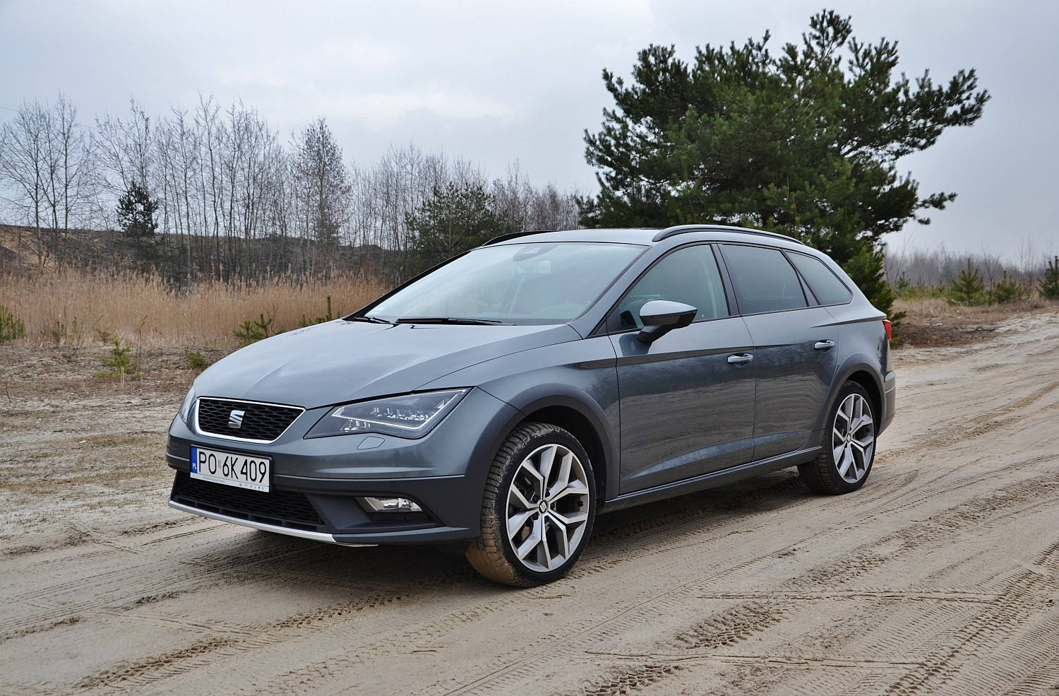 seat leon x perience 2 0 tdi 4drive ten najdzielniejszy namasce. Black Bedroom Furniture Sets. Home Design Ideas