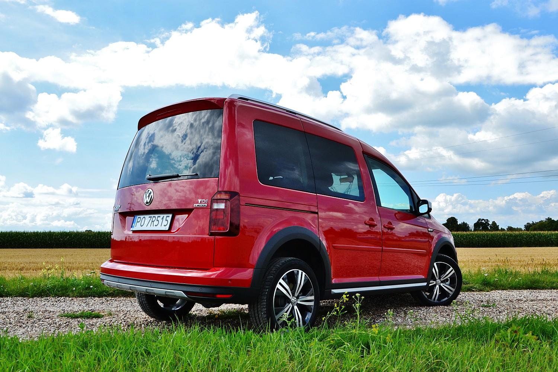 volkswagen caddy alltrack 2 0 tdi dsg 4motion kombivan. Black Bedroom Furniture Sets. Home Design Ideas