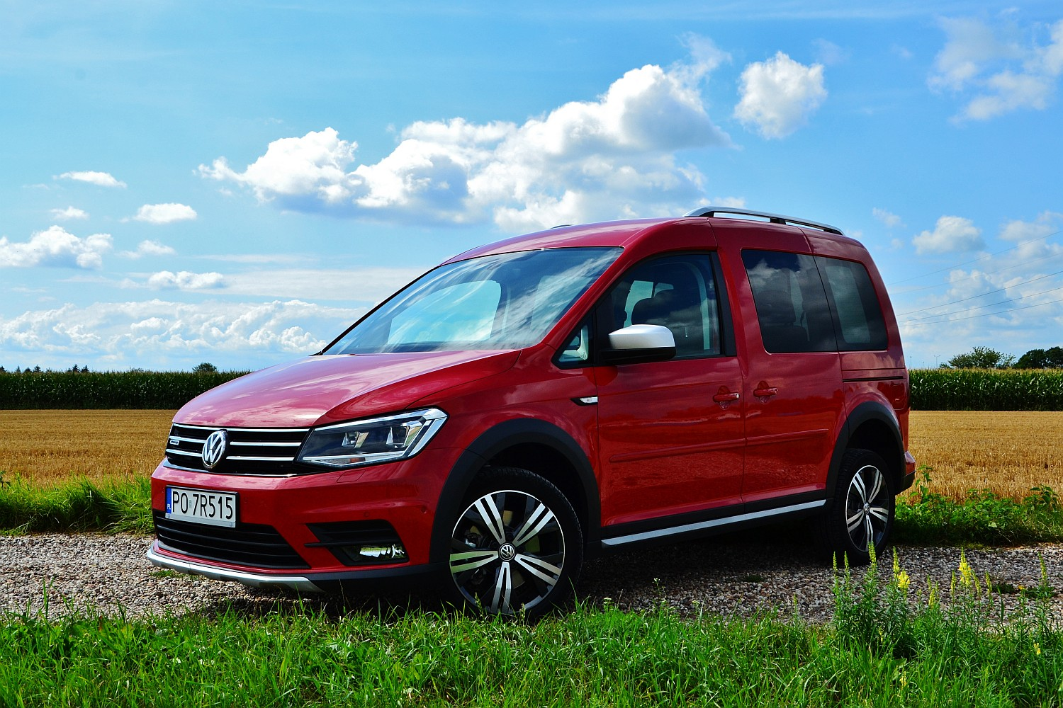 volkswagen caddy alltrack 2 0 tdi dsg 4motion kombivan. Black Bedroom Furniture Sets. Home Design Ideas
