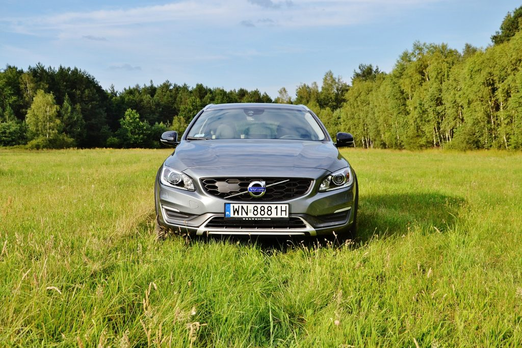 volvo v60 d4 2015 geartronic autos post. Black Bedroom Furniture Sets. Home Design Ideas