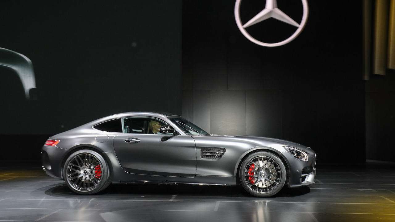 detroit 2017 mercedes amg gt c coupe namasce. Black Bedroom Furniture Sets. Home Design Ideas