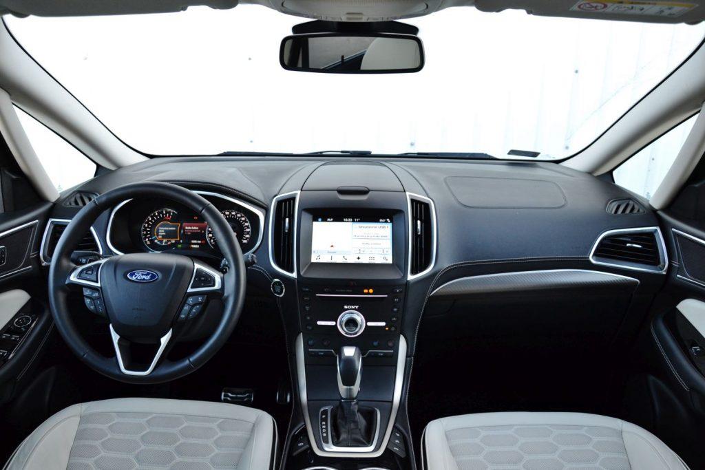 Ford S-MAX 2.0 TDCi Powershift AWD Vignale