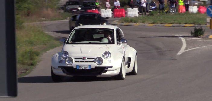 Genialny Fiat 500 Giannini wakcji! (Video)