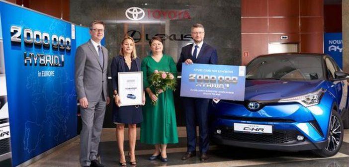 2 miliony hybryd Toyoty wEuropie – wPolsce sprzedano jubileuszową sztukę
