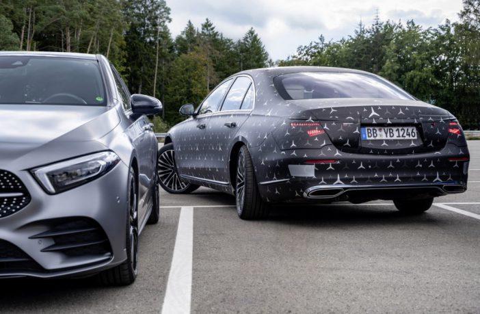 Mercedes-Benz Klasy S 2021 - tylna oś skrętna