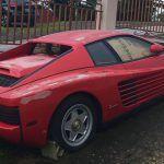 Zaniedbane Ferrari Testarossa stało 17 lat na słońcu