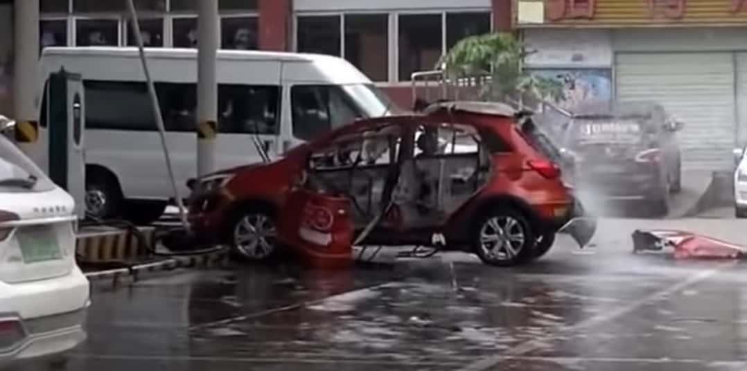 Wybuch samochodu elektrycznego podczas ładowania