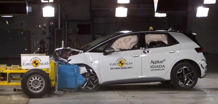 Czyauto elektryczne jest bezpieczne? Volkswagen ID.3 wteście zderzeniowym