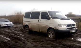VW Transporter T4 Syncro off-road
