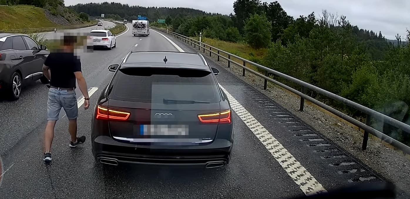 Agresywne zachowanie polskiego kierowcy w szwecji