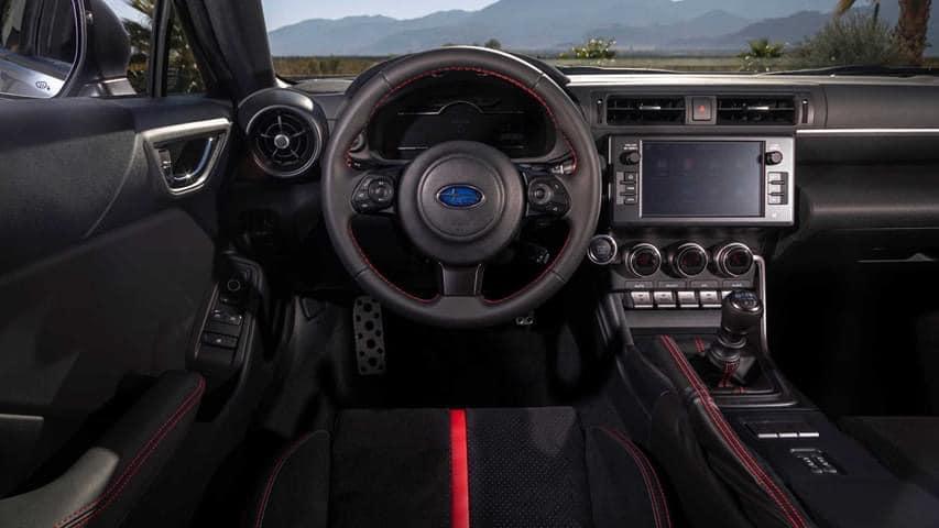 Subaru BRZ 2021 wnętrze