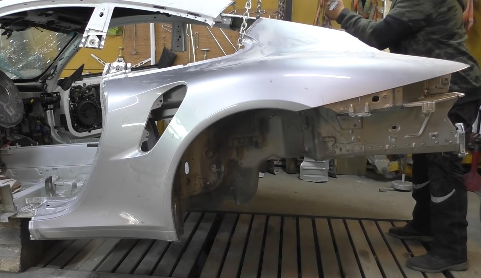 Porsche 911 powypadku - blacharstwo
