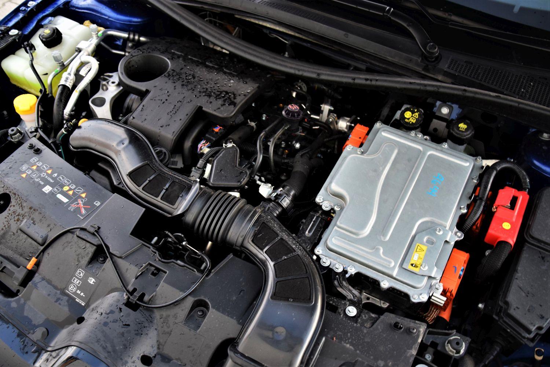 Renault Megane Grandtour E-TECH dane techniczne
