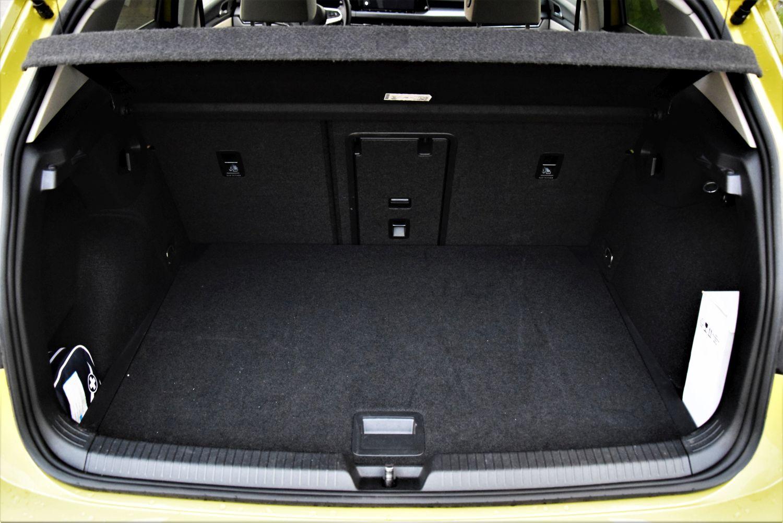 Volkswagen Golf 2020 bagażnik