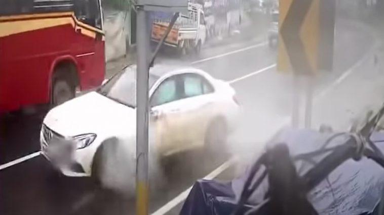 Mercedes crash aquaplaning