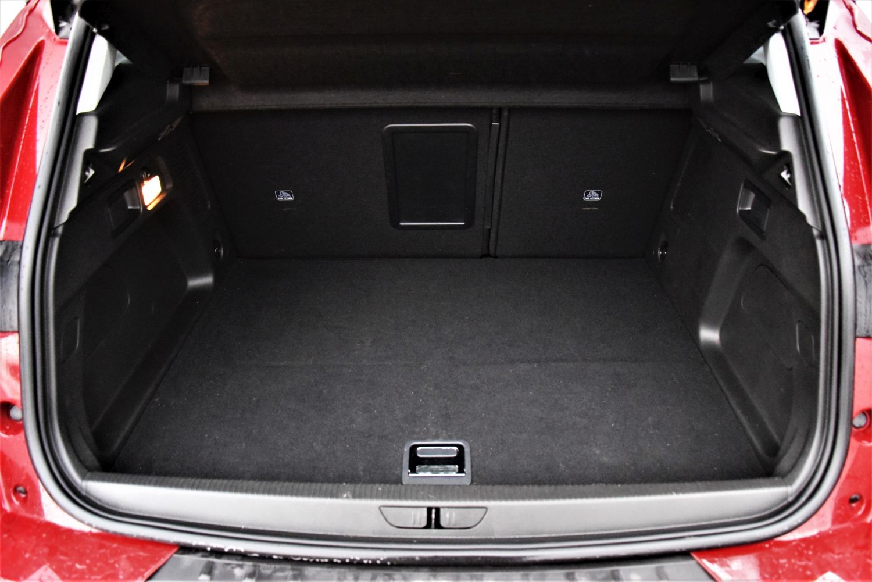 Grandland X Hybrid - bagażnik