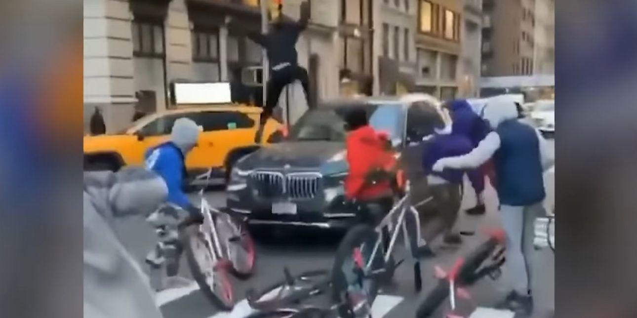Dewastacja nowego SUV-a BMW