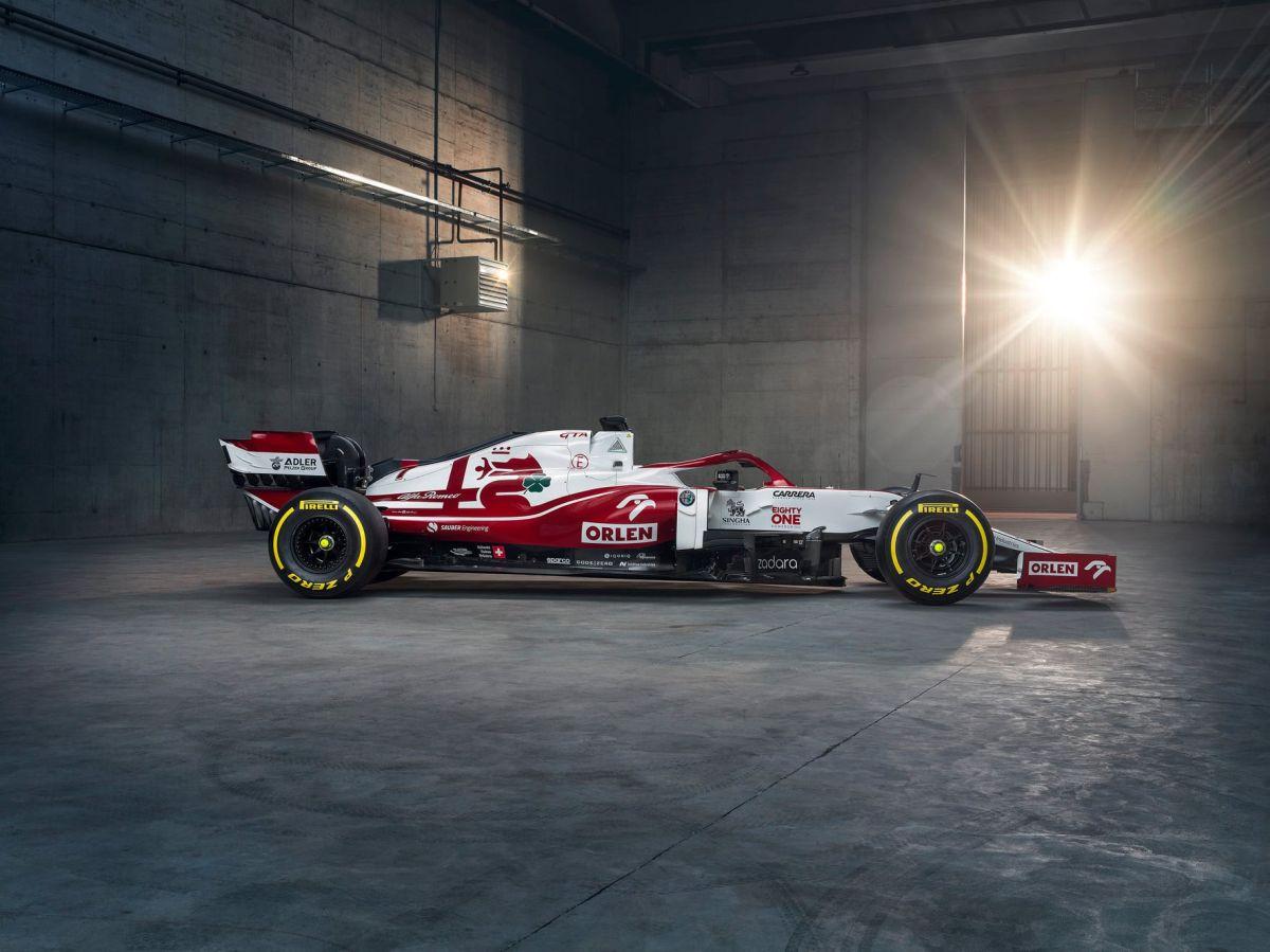 Alfa Romeo Racing Orlen 2021 car