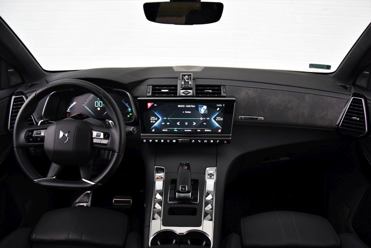 DS 7 Crossback Hybrid - interior