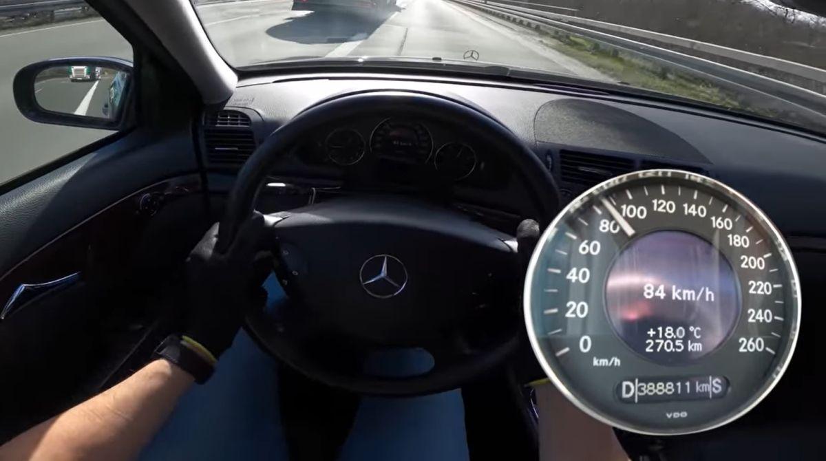 Mercedes W211 220 cdi acceleration