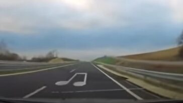 Autostrada grająca melodię