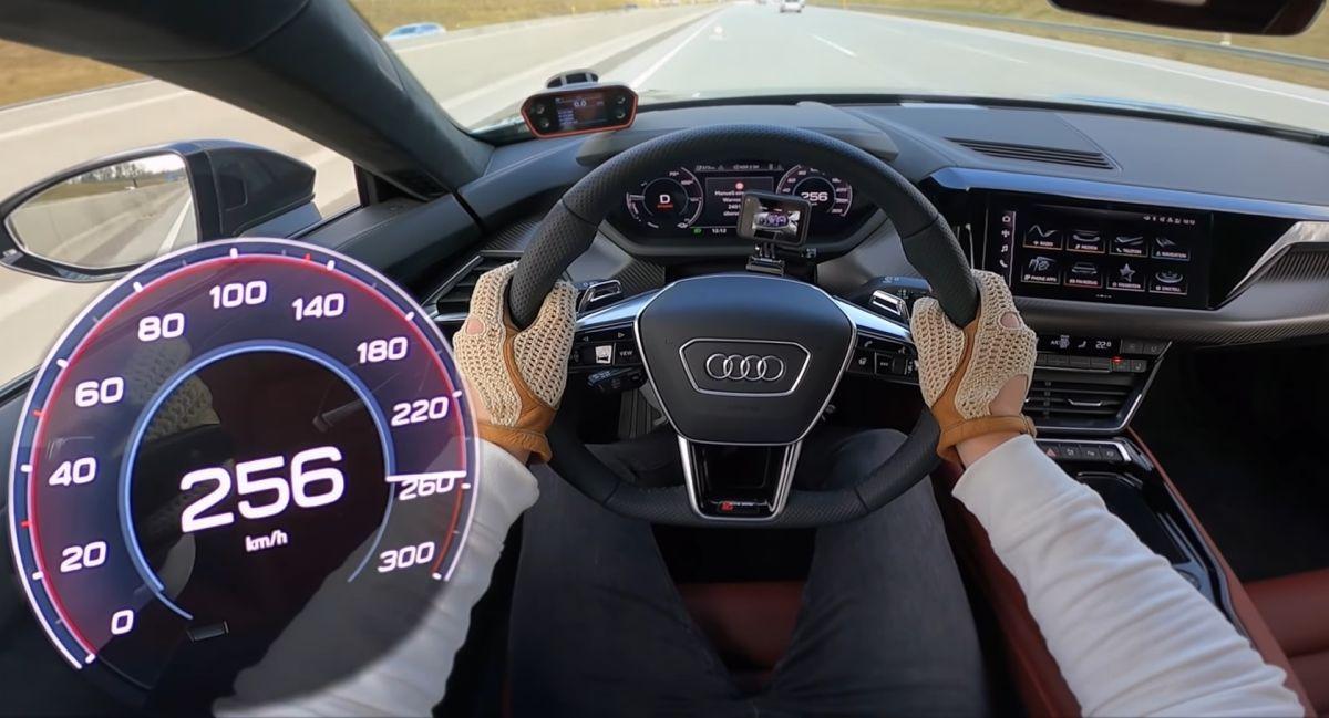 Audi RS e-tron GT acceleration