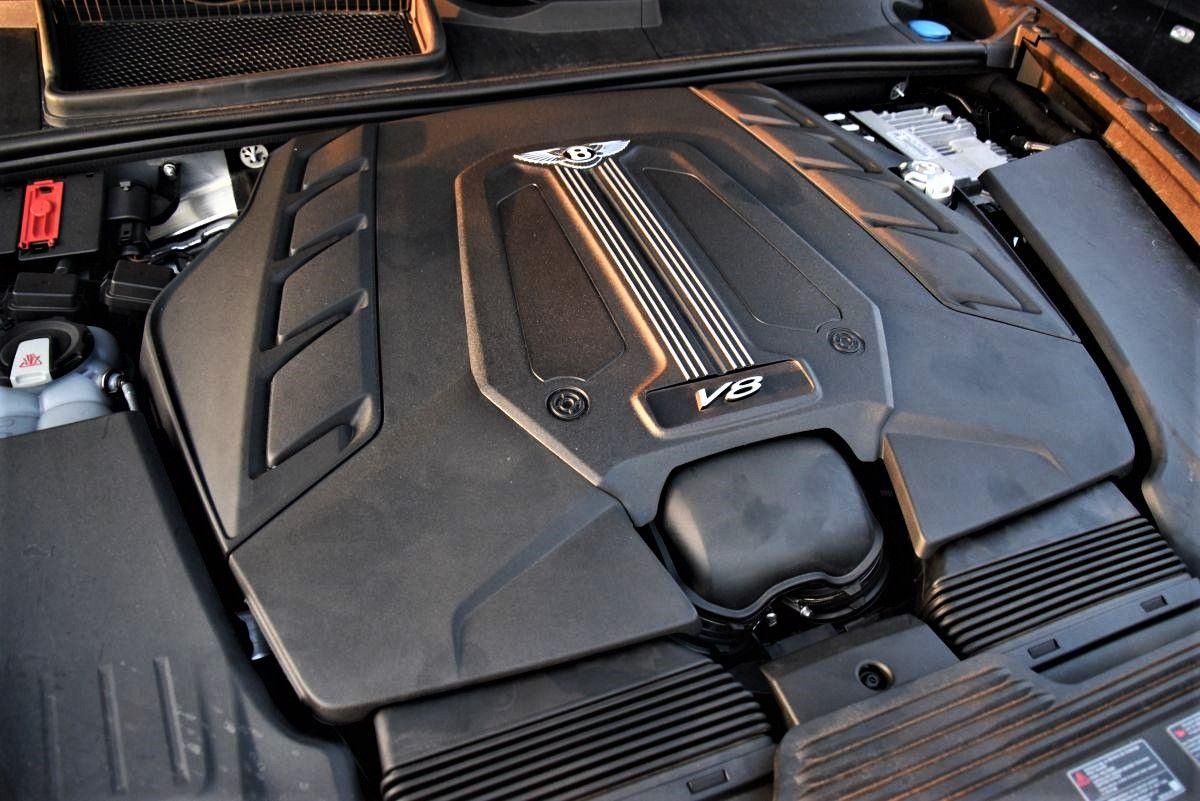 Bentley Bentayga V8 - silnik