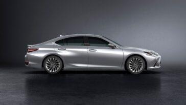 Lexus ES facelift 2022