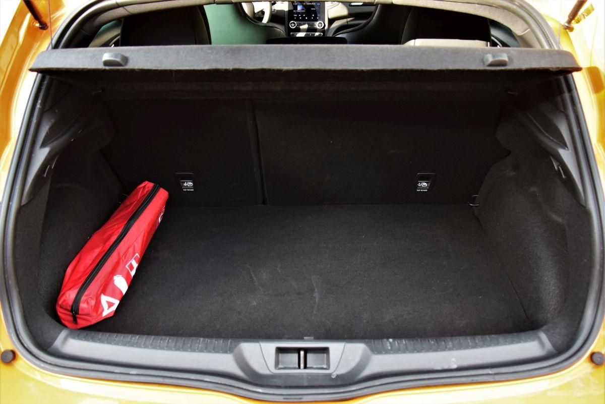 Renault Megane RS pojemność bagażnika
