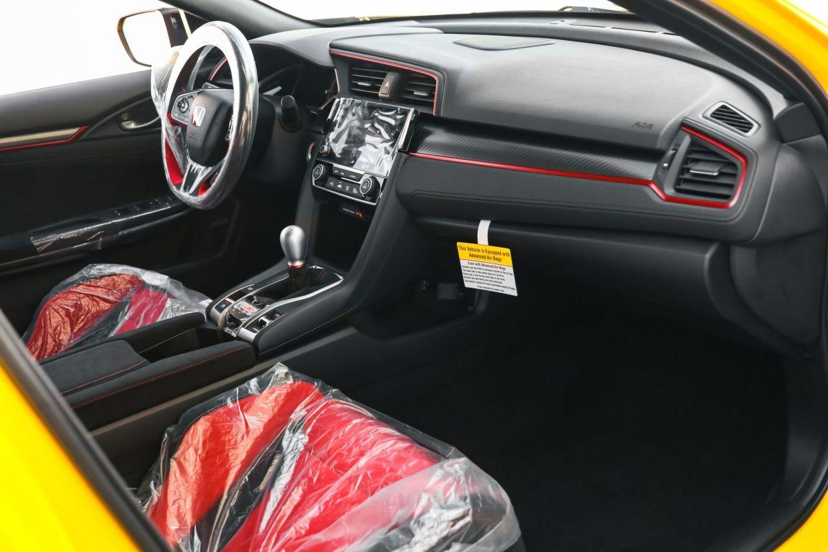 Honda Civic Type R Limited Edition wnętrze