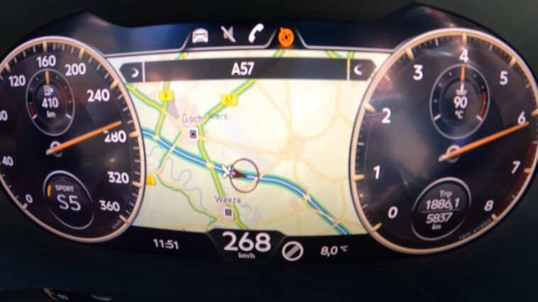 Bentley Flying Spur V8 acceleration