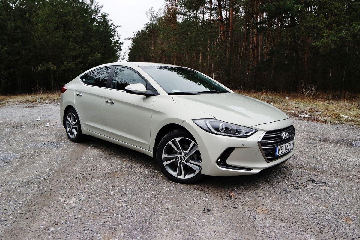 Hyundai Elantra za50 000 złotych